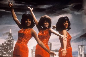 Photo of Diana ROSS and Florence BALLARD and Mary WILSON and SUPREMES